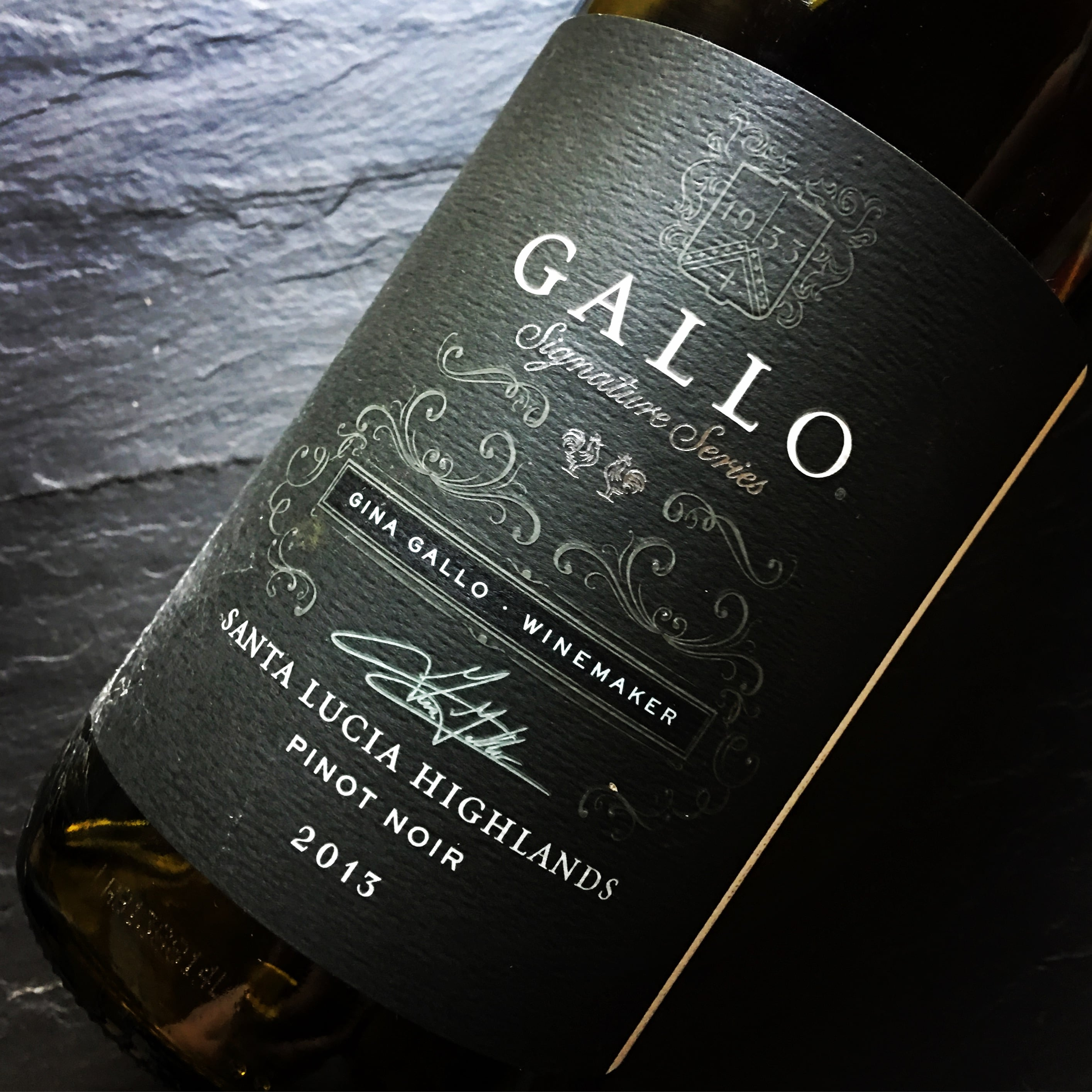 Ernest & Julio Gallo Signature Series Pinot Noir 2013