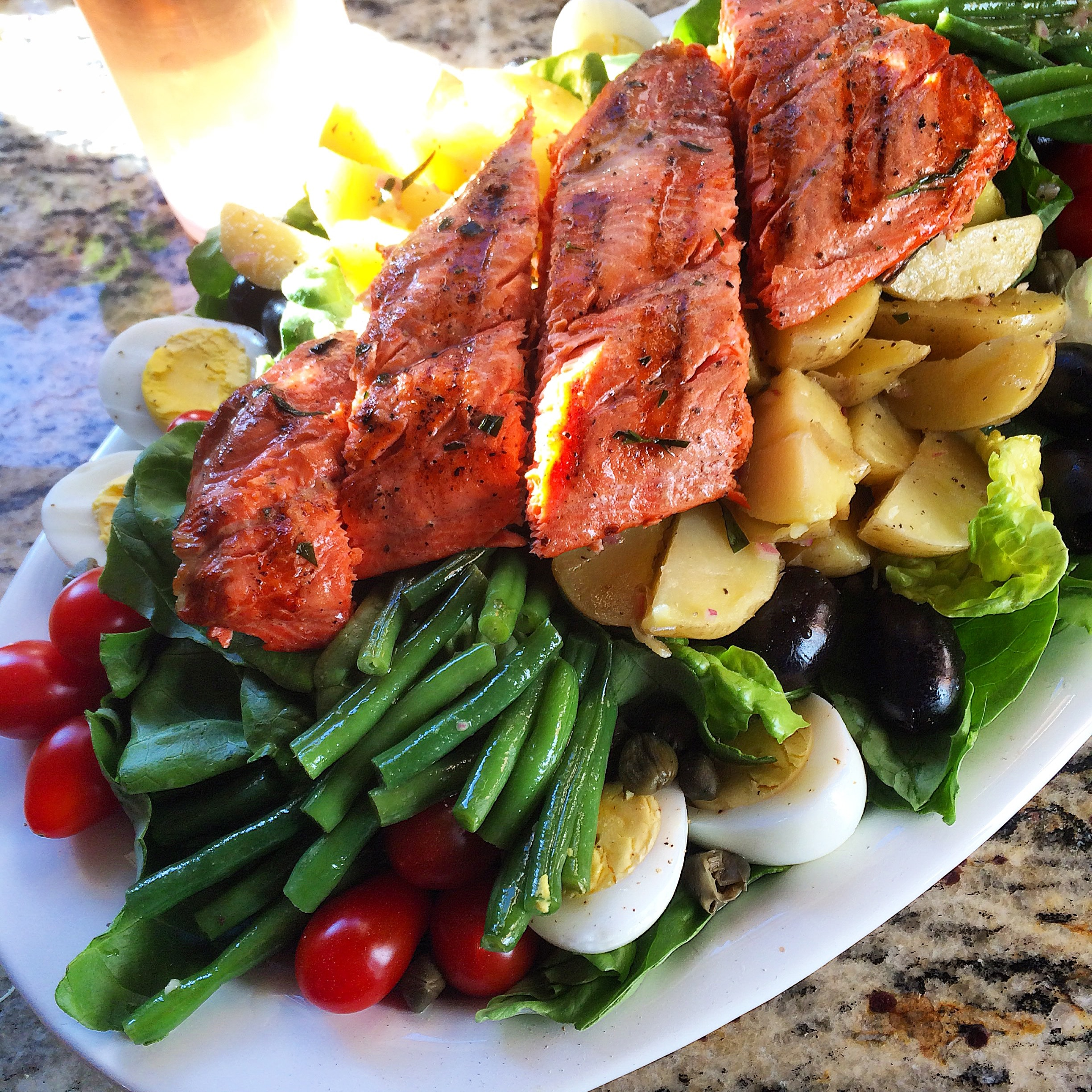 Salade Niçoise with Copper River Salmon & Bandol Rosé